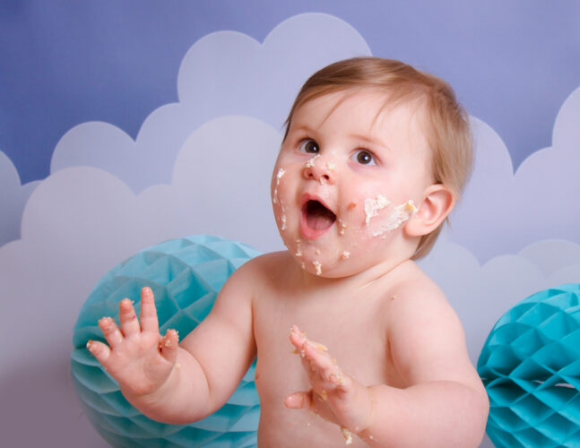 Isla Grace Photography Studio in Whitchurch - Portraits and Cake Smash photo shoots